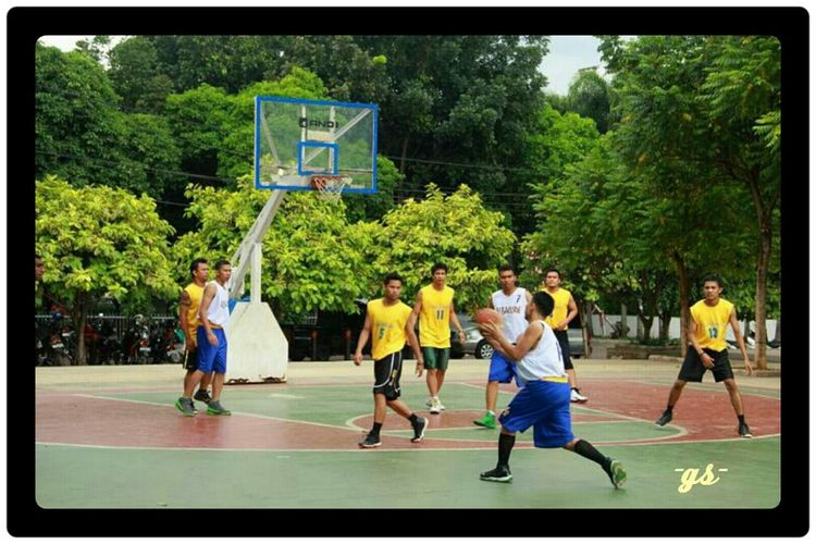 "Team__(6) ""Defense....defense.."" Basketball Portrait Enjoying Life"