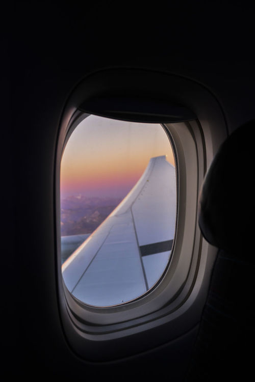 A través de la ventana. Destiny Nubes Travel Viajar Air Vehicle Airplane Avion Beauty In Nature Day Destination Flying Indoors  Looking Through Window Paisaje Sky Sunset Travel Ventana Window