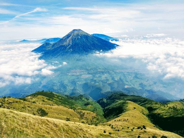 Views of Sindoro Mountain from Sumbing Mountain Pesonaindonesia Mountain View Sindoro Sumbing Wonosobo INDONESIA Indonesia Photography  Tea Crop Water Snow Volcanic Landscape Volcano Active Volcano East Java Province Java Volcanic Activity First Eyeem Photo EyeEmNewHere