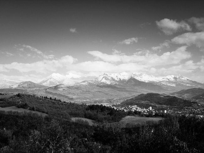 Photo prise sur les hauteurs de Gap. Paysages Noir Et Blanc Landscape Mountain Landscape Beauty In Nature Sky Nature No People Mountain Range Outdoors