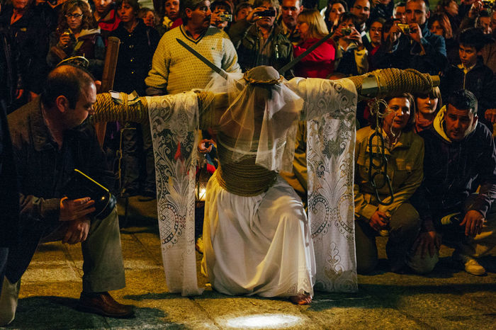 "ritual of penance ""los empalaos"" Self Punishmen Christianity Cross Crown Of Thorns Extremadura Faith Holy Thursday Religion And Tradition Ritual SPAIN Tradition Belief Catholicism Editorial  Empalaos Expiation Faithful Kneeling Los Empalaos Penitence Procession Religion Religion And Beliefs Rite"