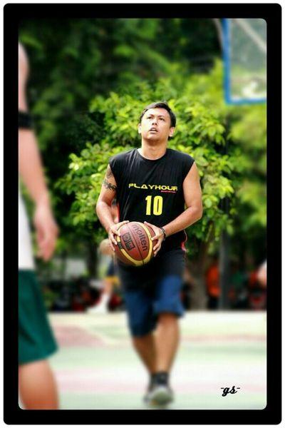 "Team__(8) ""3 point - beat the buzzer"" my friend: Novel Basketball Portrait Enjoying Life"