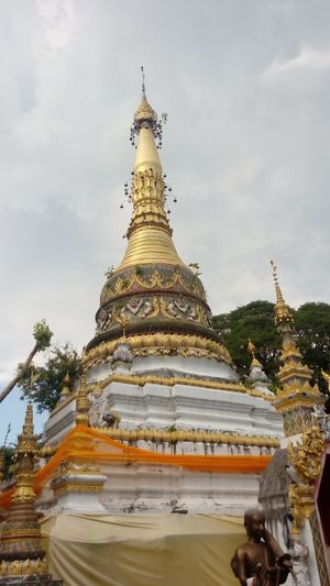 Religion Place Of Worship Spirituality Temple - Building Statue Sky Cloud Spire  Temple Stupa Travel Destinations Culture Pagoda Gold Outdoors Tourism Day Tall Gilded Golden