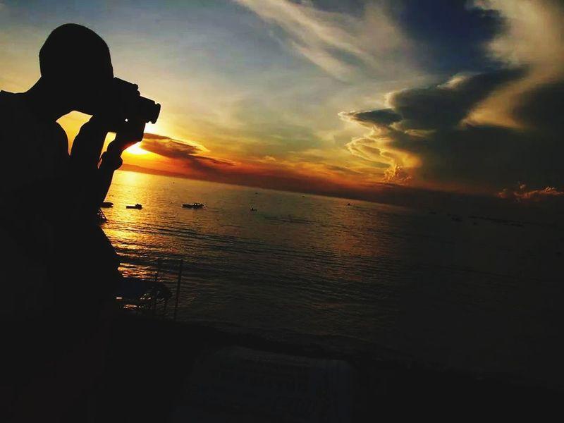 Enjoying The Sun INDONESIA Eeyem Indonesia