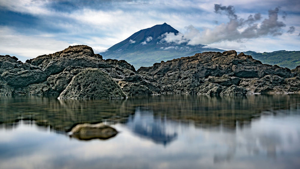 Beauty In Nature Cloud - Sky Copy Space Day Hiking Lake Landscape Long Exposure Mountain Nature No People Outdoors Pico Pico Açores Portugal Reflection Reflection Rock - Object Scenic Scenics Sky Tranquil Scene Tranquility Volcano Waterfront Lost In The Landscape
