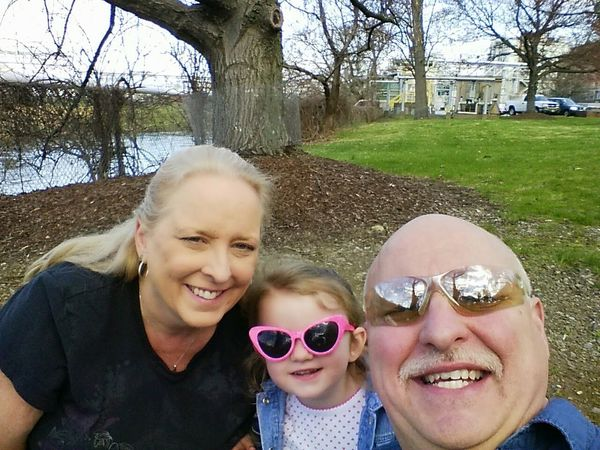A picnic lunch with two of my best friends Hanging Out That's Me Cheese! Relaxing Enjoying Life Taking Photos George Eastman House Eastman