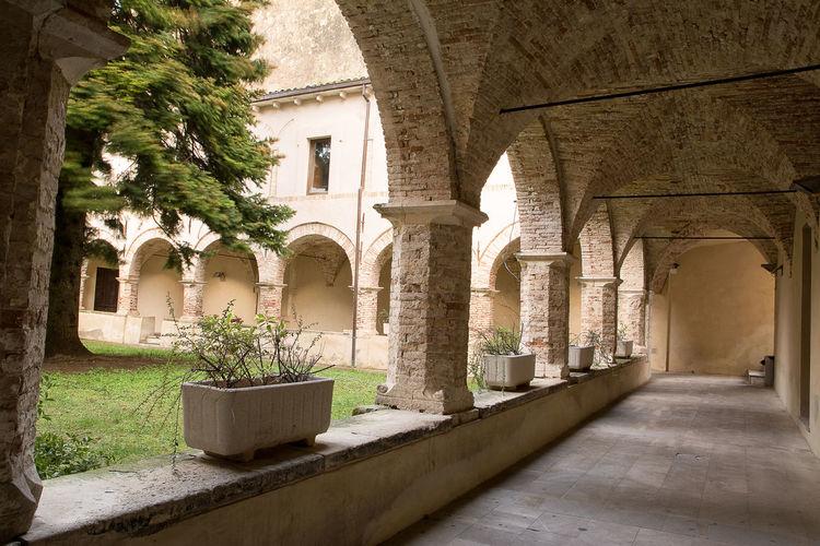 Cloister of church St. Francesco in Guardiagrele (Abruzzo (Italy) Abruzzo Arch Architecture Chieti Church Cloister Francesco Guardiagrele Holy Italian Italy No People Stone Town Village