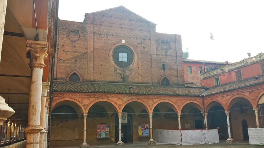 Taking Photos Architecture Architecture_collection Bologna Popular Photos Bologna, Italy Taking Photos Architecturelovers Architectural Detail Church Churches Churches Collection