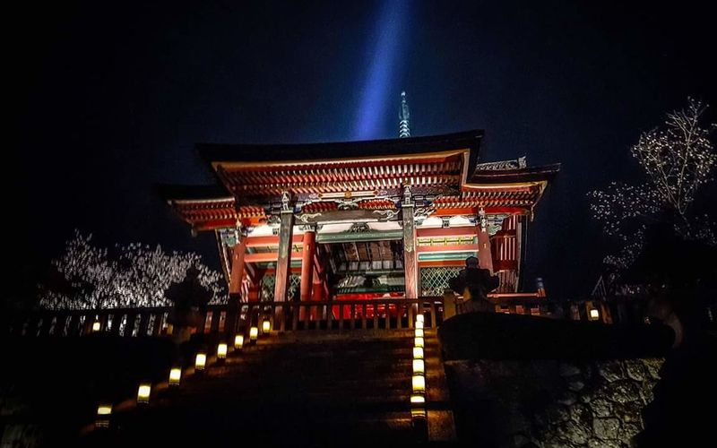 Japan Trip  Kyoto Japan Scenery Night Photography Night View Temple Japanese Culture Japanese Temple Japanese Shrine Kyoto At Night Heritage Site Kiyomizu-dera