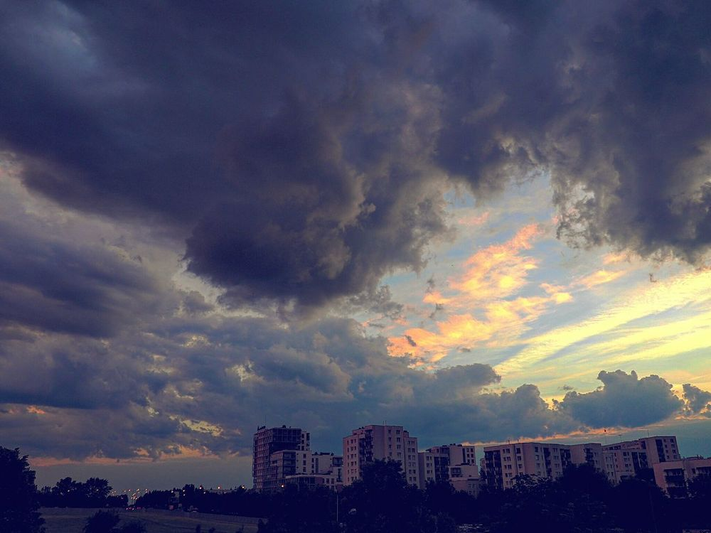 Sunset Cloud - Sky Cityscape City Outdoors Polska Poland Warsaw Warszawa