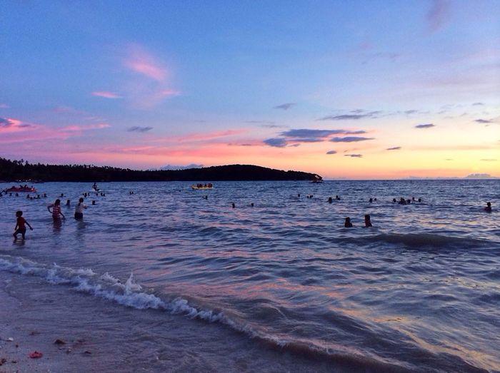 Beach Sunset #sun #clouds #skylovers #sky #nature #beautifulinnature #naturalbeauty #photography #landscape Sunset