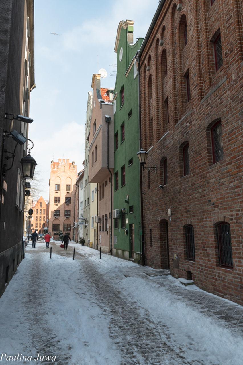 STREET IN TOWN