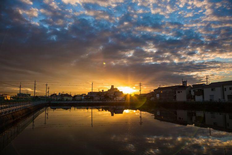 今朝 This morning  OSAKA Japan Sunrise Early Morning Reflection City Water Reflection Sky Cloud - Sky