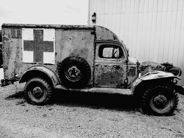 Museo autos antiguos Land Vehicle