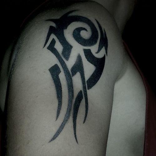 der arthur hat sein tatoo