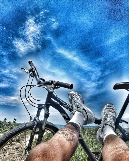 Take a time, relax... Vida Vidasaudavel Atividadefisica Bemestar Exerciciofisico Beach Nature Sky And Clouds Sky Bycicle Human Hand Astronomy Men Land Vehicle Cycling Close-up Mountain Bike Biker Pedal