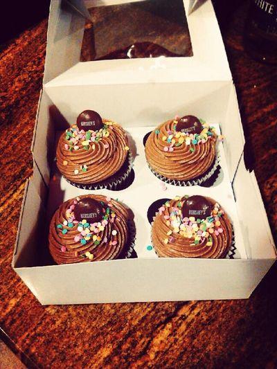 Cupcakes for the birthday boy!! ? Cupcakes Yummy Cupcakefairy Eatme