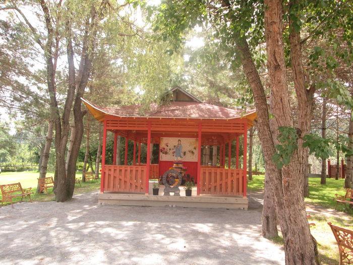 Monastère Bouddhiste D Harrington, Q