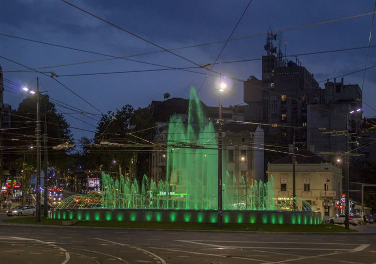 Impressive illuminated fountain on Slavija Square / Belgrade, Serbia Fountain Street Road Illuminated Street Light Builidngs Architecture City Night