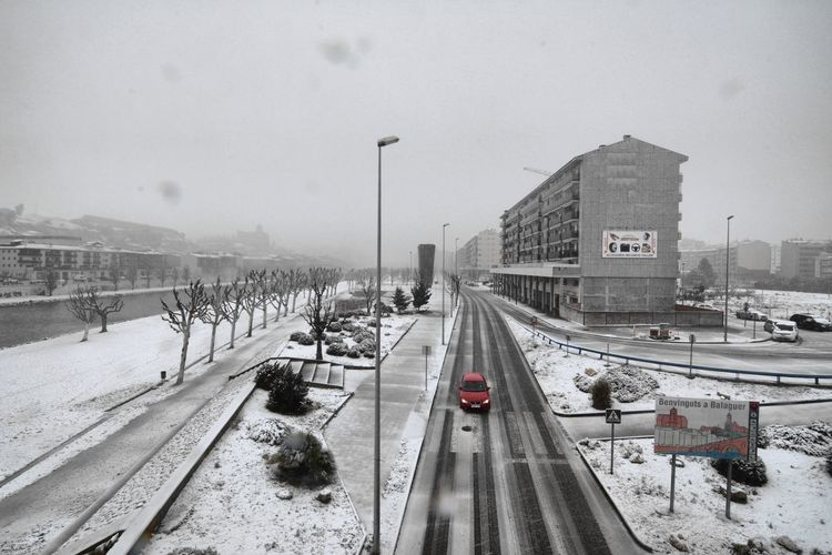Let It Snow My Town Nikon Balaguer Scenics My Home OpenEdit Amazing View Catalunya Catalonia City Snow Cold Temperature Winter Car Sky Architecture Building Exterior