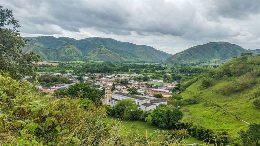 Pueblo Town TOWNSCAPE Guadalupe Huila  Huilaprofundo Mountain Montañas❤ Colombia Urban City Ciudad Paisaje PAISAJE URBANO Hill Hills Hills And Valleys Mustvisitplace Cloud - Sky Environment Architecture Landscape Scenics - Nature Outdoors No People Green Color Sky Nature