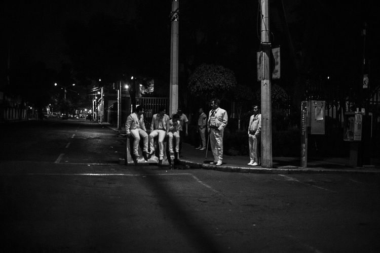 Some where in DFBlackandwhite Mariachi Mexico City Cityscapes Monochrome Night Lights People Streetphotography Streetphoto_bw