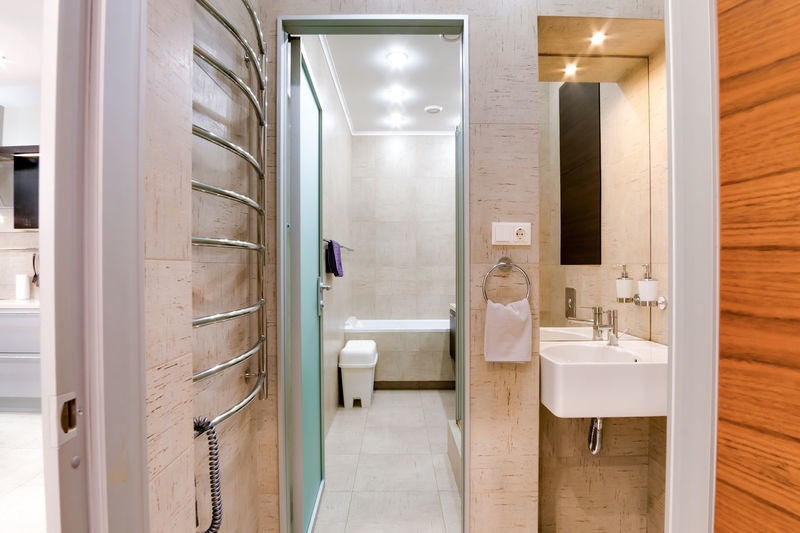 Indoors  Architecture Bathroom Illuminated Building Mirror Modern Built Structure Domestic Room Sink Domestic Bathroom Home Luxury Door Hotel Toilet Wealth Hygiene Entrance Lifestyles
