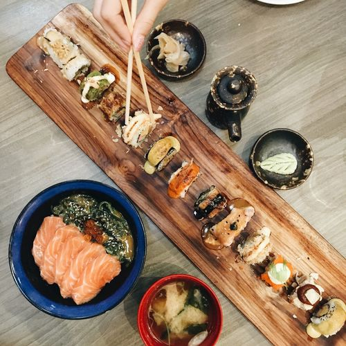 Sushi Sushi Foodporn Food Foodphotography Japanese Food Japanese  Japan Eating Iphone6s Photooftheday