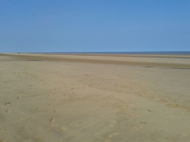 Barren Beach Blueskys Clear Sky Coastline Englishcoastline Mablethorpebeach Outdoors Remote Sand Seaside Summer