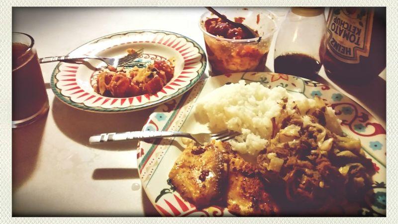 Dinner at Carrie's place. Enjoying Life Dinner Time Pupu♡ Kaluapig & Fish
