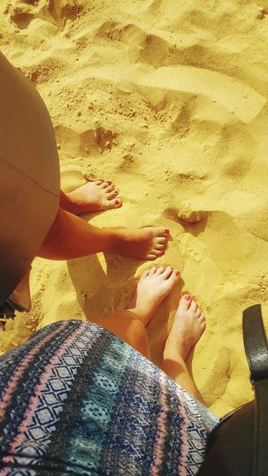 Sis Beach Sand Relaxation Summer Love ♥ BFF ❤ Chilling ✌ Love Outdoors