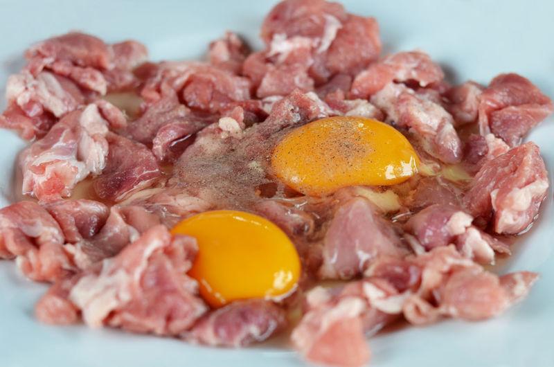Beef Raw Egg Food Fresh Meat Yolk