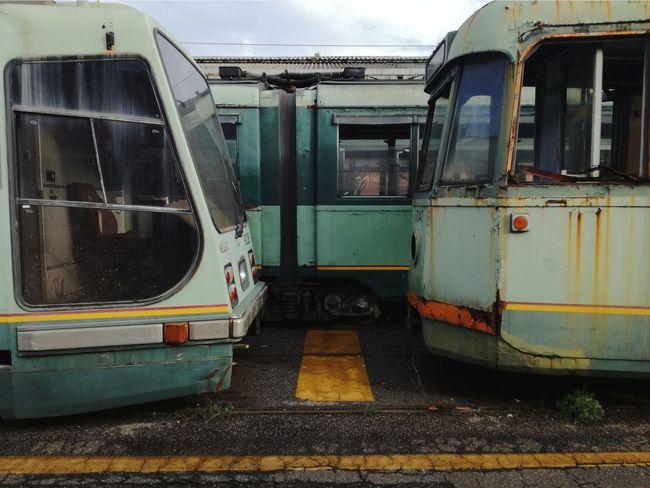 Showdown  Confrontation Face Off Run-down Decay Decaying Rusty Rusty Metal Train - Vehicle Rail Transportation Public Transportation Deterioration