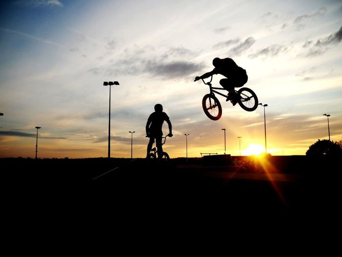 Skate parks and sunsets make for great photography! Bicycle Sunset Stunt Silhouette Riding Bmx Cycling Cloud - Sky People Nottingham Leisure Activity Extreme Sports Sport BMX ❤ Bmx  Summer Time  Summertime Summer Bmxlife Bmx Is My Life Bmxphotography Bmxrider  Bmxporn BMXTIME Bmxride EyeEm Selects The Week On EyeEm Summer Exploratorium
