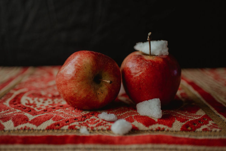 Close-up Indoors  Apple Apples Black And White Colorful Wood - Material Wood Studio Shot Studio Stock Photo No People Week On Eyeem EyeEm Best Shots Getty Images Premium Collection Ice Prayer Beads Praying Beads Religion Muslim Islam Muslimah Carpet Traditional Angles