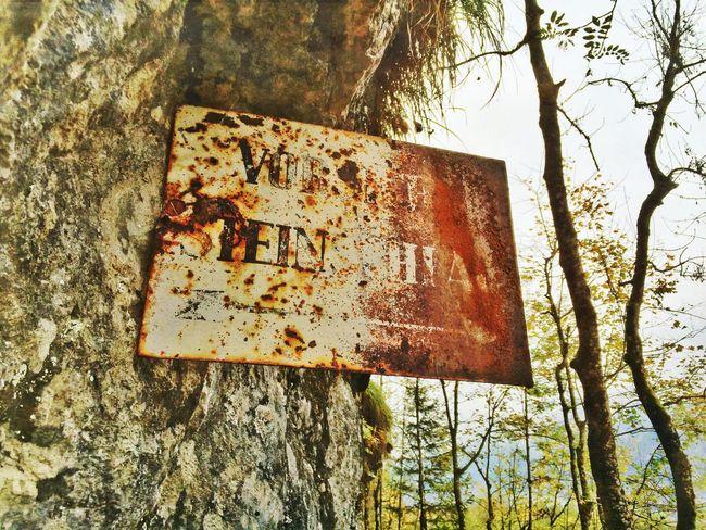 Vorsicht Steinschlag Rust Signs Mountains Streamzoofamily EyeEmSwiss EyeEm Nature Lover Mexturesapp