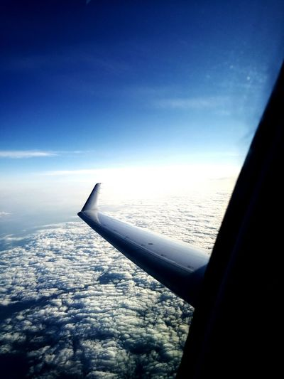 Overcast ON AIR Blue Sky Waves Clouds And Sky From An Airplane Window Leica Huawei P9 The Great Outdoors With Adobe Travel Photography Boarding Fly Away Before Dark Sky Wings Flying High
