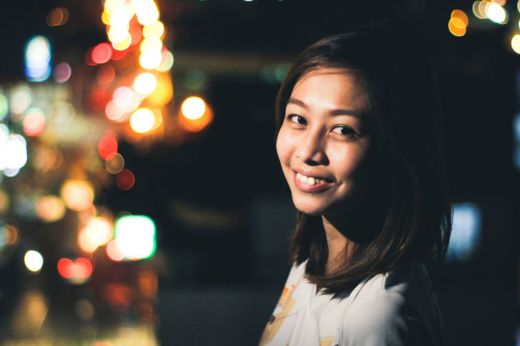 Night Portrait Happiness Beautiful People Smiling Cheerful Young Adult Beautiful Woman Looking At Camera Illuminated EyeEmPhilppines EyeEm Best Shots Canon_photos Eyeemphotography Lightroom Mobile