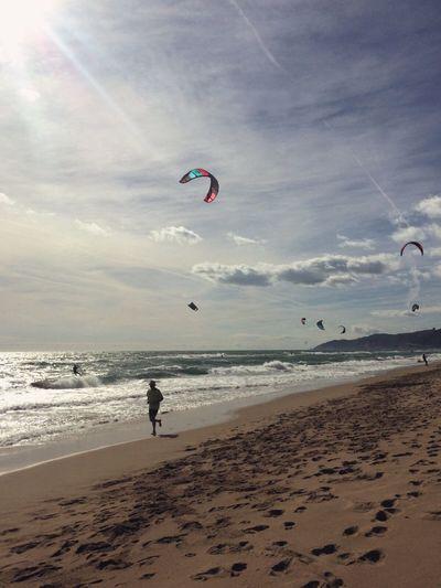 Running Beach Sea Horizon Over Water Kitesurfing Kitesurf Sky Leisure Activity Sport Lifestyles Beauty In Nature Castelldefels Barcelona