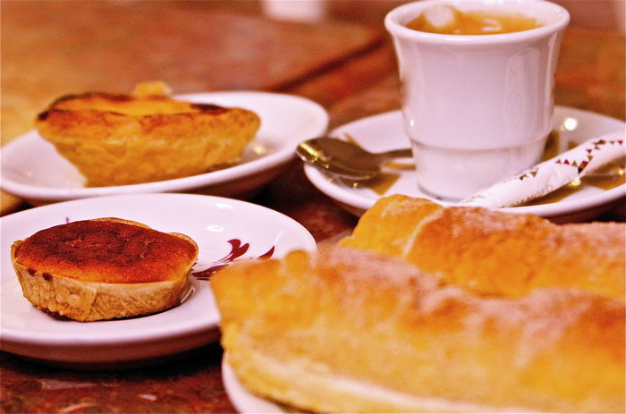 Abundance Baked Breakfast Coofe Dessert Focus On Foreground Food Freshness Good Morning Indulgence Kvission Meal Mónica Nogueira. Perfect Plate Portuguese Culture Ready-to-eat Refreshment Selective Focus Served Serving Size Still Life Sweet Food Temptation Yellow