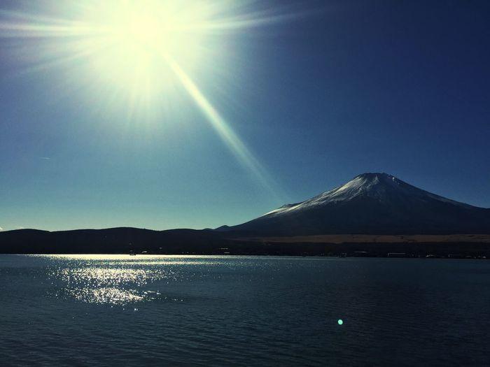 富士山 Yamanaka Lake Of Japan Mt Fuji Beauty In Nature Nature Scenics Sunlight Tranquility Tranquil Scene Mountain First Eyeem Photo