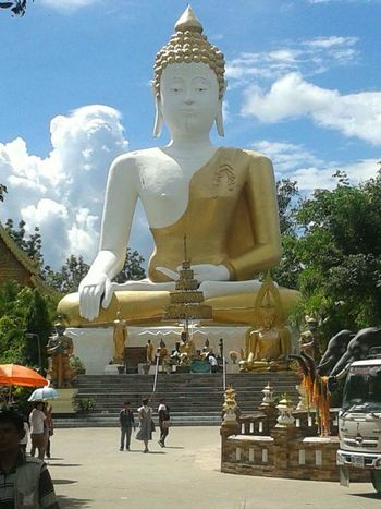 หลวงพ่อทันใจ Statue Religion Gold Colored City Place Of Worship Sculpture Gold Outdoors Day No People