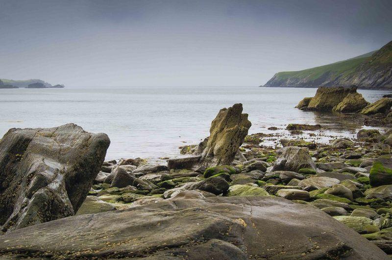 Küste bei Portmagee No People Ireland Ring Of Kerry Beach Rocky Coastline Low Tide Coast Rock Formation