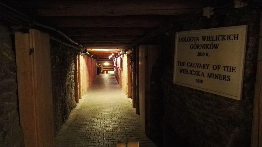 Huwei P8 Wieliczka Salt Mine