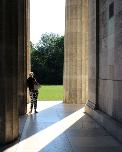 EyeEmNewHere Walhalla Walhalla Memorial Donau EyeEm Selects Full Length Architectural Column Politics And Government Women Tree Shadow Standing Sunlight Young Women
