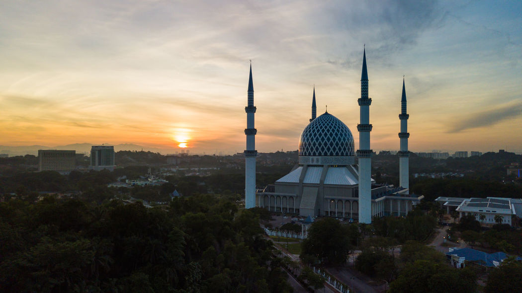 Aerial Shot Architecture Morning Selangor Shah Alam Sultan Abdul Aerial Aerial Photography Aerial View Architecture Aziz Building Exterior Built Structure Dome Malaysia Masjid Mosque Muslim Night Religion Salahuddin Shah Sunrise Sunset