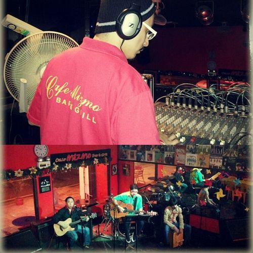Acoustic Friday! Justnow Acousticnight Mizmo Musicbar restaurant beautifulfridayevening