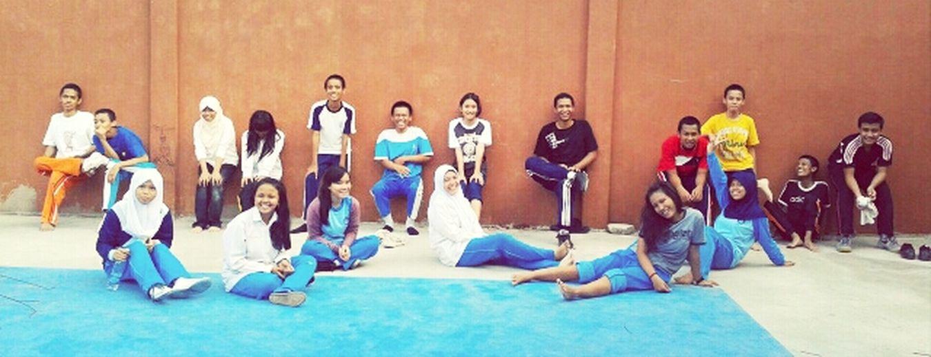 EKSTANBA: setelah latihan... Enjoying Life Hanging Out