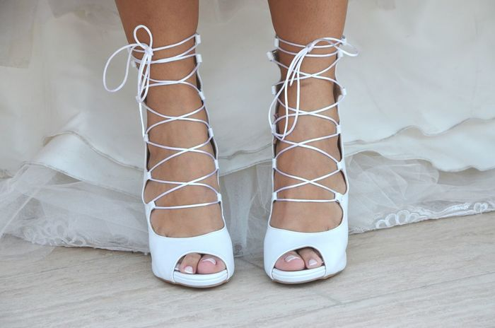 Shoe Shoes Shoes Of The Day Shoelaces Laces Wedding Wedding Photography Wedding Day Weddingshoes Wedding Shoes Bride Low Section One Person Close-up Adult People Human Body Part Feet White White Color My Year My View EyeEm Best Shots Be. Ready.