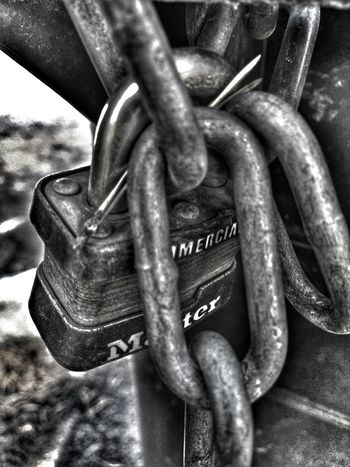 Breaking points.... Love Locks EyeEm Onmymind Tu Me Manque Locks To See Hard Days Tug Tug Her Collection Twin Flames